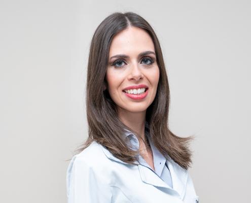 Dra. Júlia Michels Ferreira