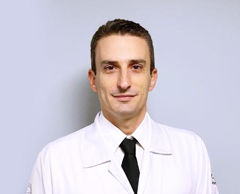 Dr. Leonardo de Lucca Schiavon
